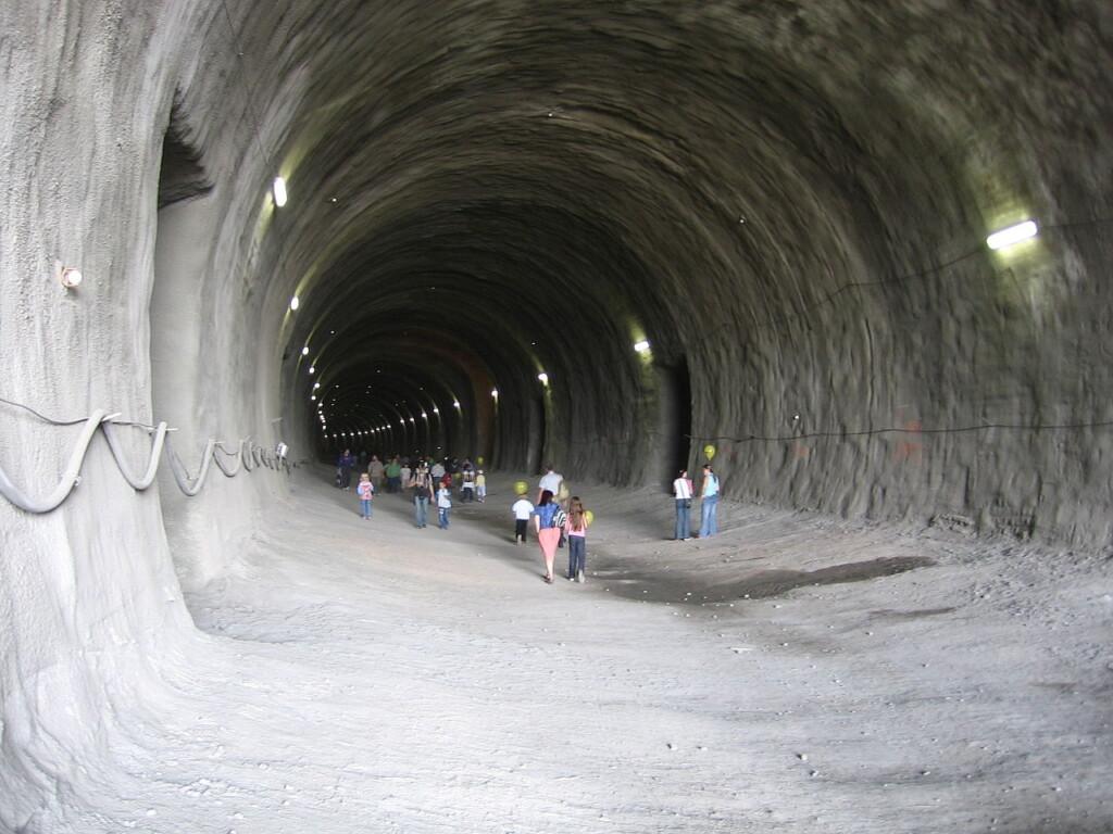 02_tunel